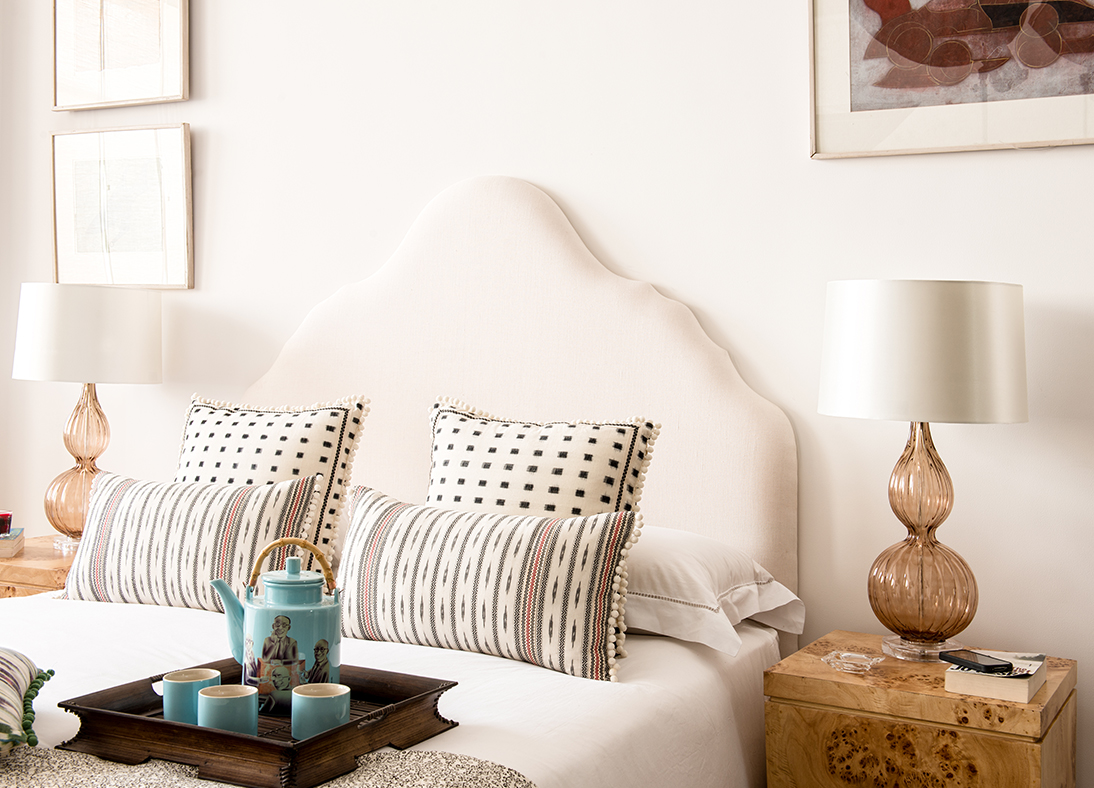 Arambol White Long Cushions