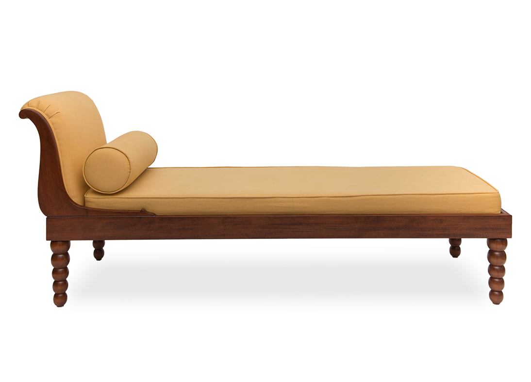 Nadia Chaise Gold