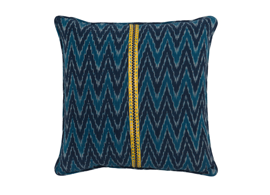 image/data/Muscat Blue Ikat Cushion/new/FA-MUSCAT BLUE-cushion.JPG